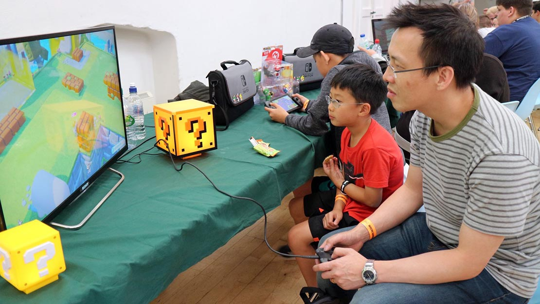 Parents and Kids at GamePad